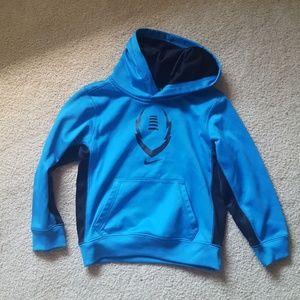 Nike therma fit boys hoodie sz 6
